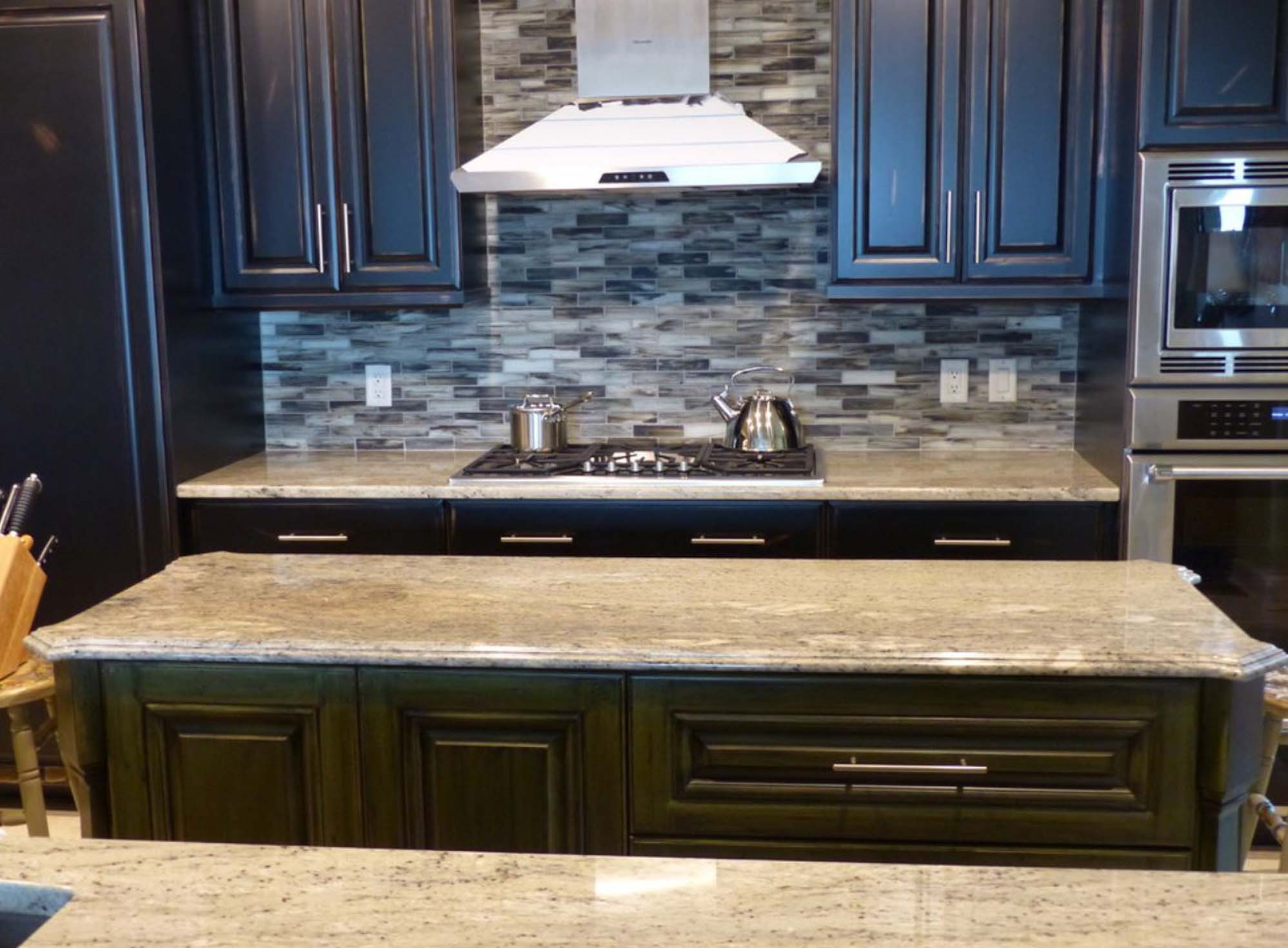 kitchen-granite-with-granite-island1